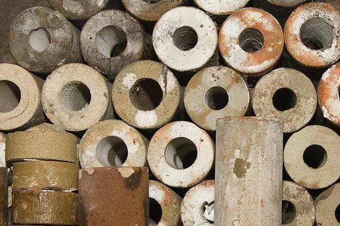 Cylinder salt-kiln props
