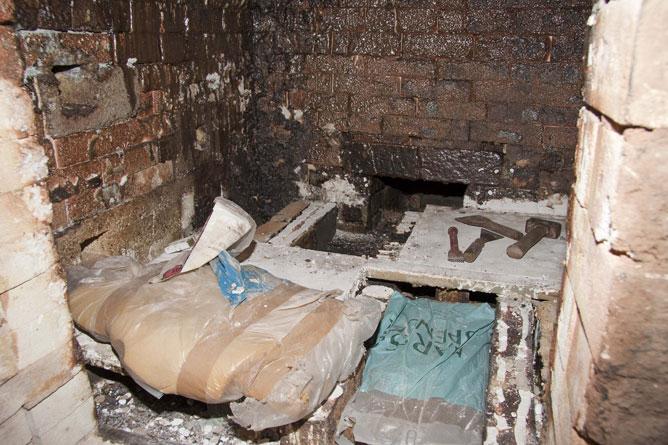 Salt-kiln, interior repairs